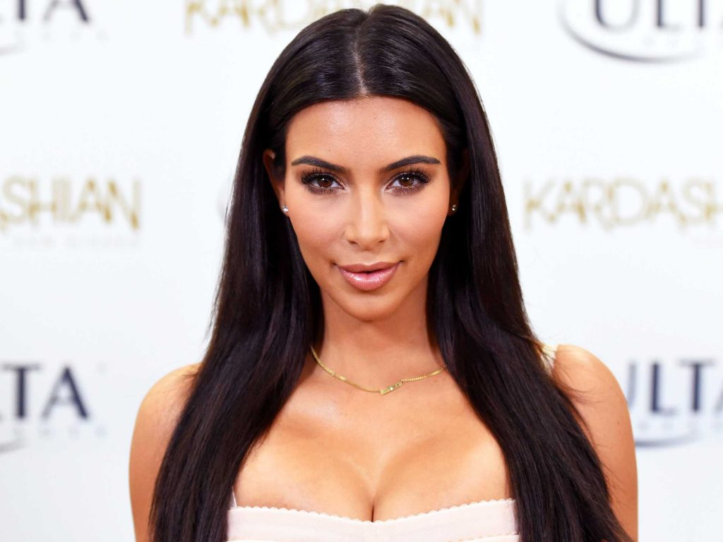 How Much Money Kim Kardashian Makes With One Instagram Post