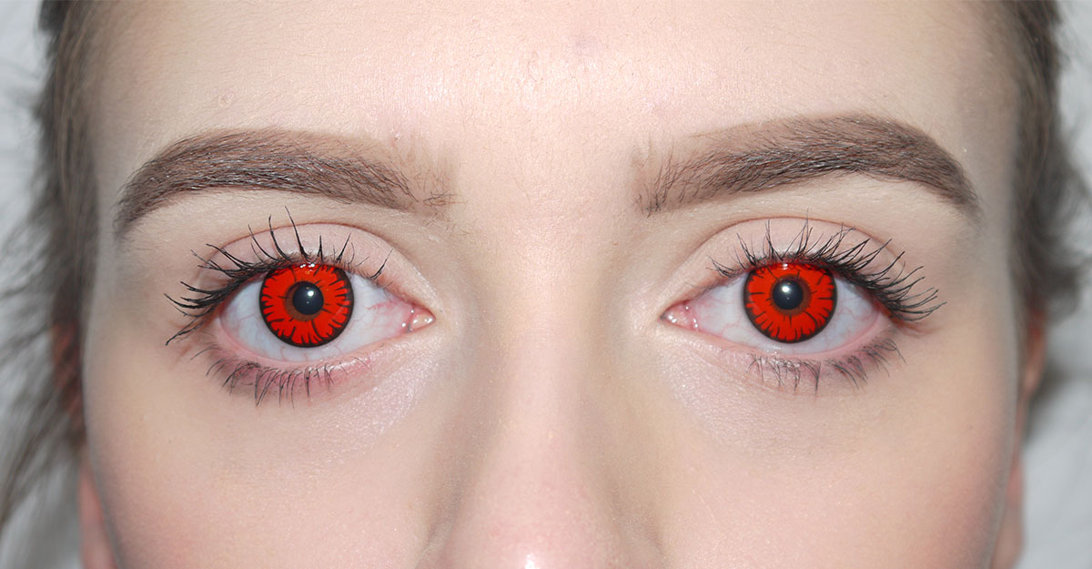 these colored contact lenses can seriously damage your eyes